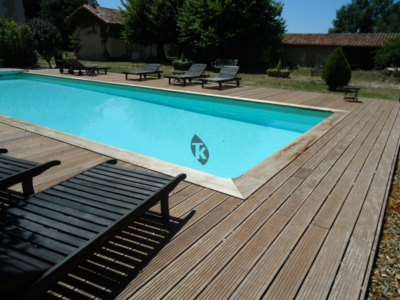 lames de terrasse en bois exotique ip clipser tekabois. Black Bedroom Furniture Sets. Home Design Ideas