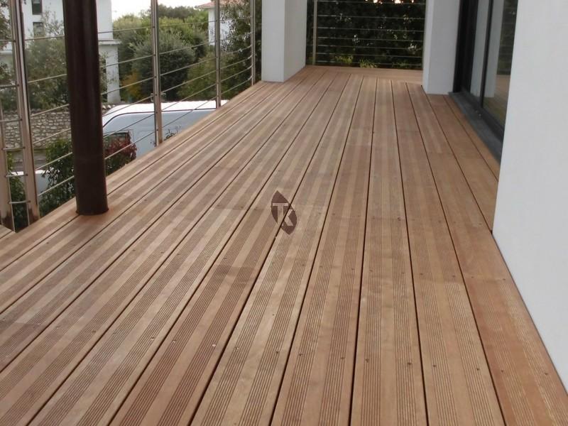 Lames de terrasse en bois exotique Hévéa Tekabois # Bois Hevea Terrasse