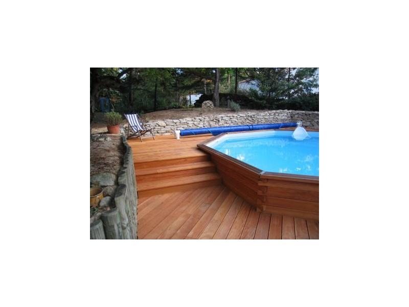Kit piscine bois exotique maupiti tekabois for Piscine bois exotique