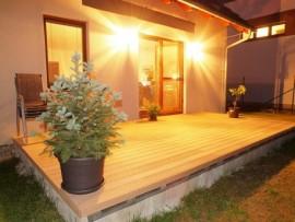lame nervurée en bois composite pour terrasse modèle nature