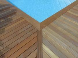 Terrasse bois ipé avec margelle bois exotique Ipé