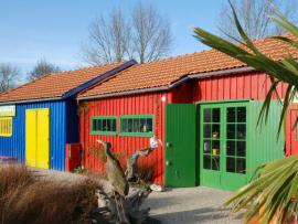 Bardage cabane ostréicole coloré