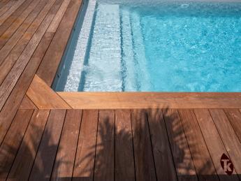 Margelle piscine bois exotique ipé